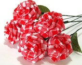 Red Gingham Rose Bouquet