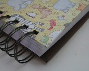 Baby Book/ New Mom Organizer/ Mom and Baby Journal/ Baby Shower Gift/ Mom To Be Gift/ Baby Memory Book/ Newborn Planner/ Keepsake/ Jungle