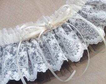 Lace Bridal Garter Ivory Lace Black Tulle Elegant Pearl Rhinestone Accent Wedding Garter Set Something Blue