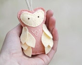 Felt Owl Ornament // Peach // Christmas Woodland Decor // Nursery Door Hanger // Handmade by OrdinaryMommy on Etsy