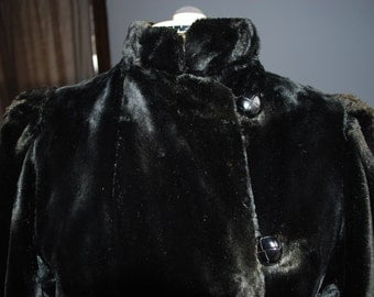 SALE!! Vintage Victorian Faux Fux Black Coat