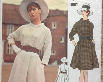 Vogue 1991 1960s  Sybil Connolly  Misses Couturier Dress Pattern Tent Dress  Womens Vintage  Sewing Pattern Size 12 Bust  34 With Label