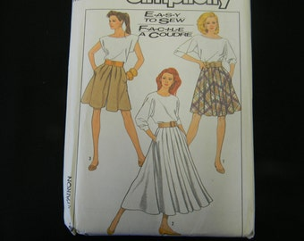 Vintage Uncut Simplicity Pattern 8504 Size 10 Skirt and Culottes