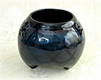 Decorative Tripod Style  Flower  Vase / Planter in Blue With Black Design