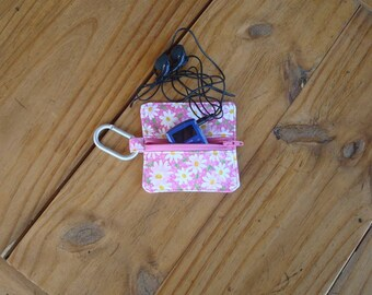 Zippered Earbud, Mp3, USB, Game and Coin Holder in a Daisies and Dots Print - Carabiner Included
