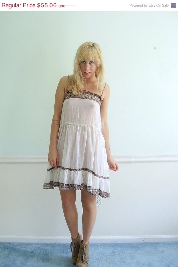 25% OFF . . . White Boho Dress Vintage 60s 70s Sheer Ethnic Floral Print Mini Festival Dress XXS XS
