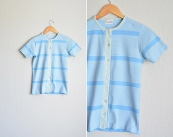 vintage '70s baby blue STRIPED short sleeve CARDIGAN TOP. size xs.