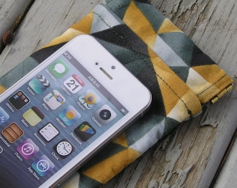 Soft Flex Frame Eyeglass, Sunglass, Cellphone Case Fits iPhone 5 - Lined, Snaps Shut