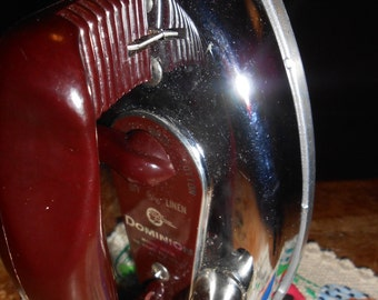 Vintage Dominion Travel Iron Travel with bakelite handle