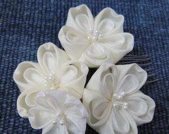 Bridal Sakura, Cherry Blossom, Ivory and White, Bride, Silk Flowers, Wedding, Tsumami Kanzashi Maiko Hair Comb Cherry Blossom
