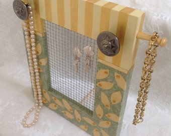 Decorative Jewelry Screen Frame,Standing, Hand Painted in Green and Gold AW