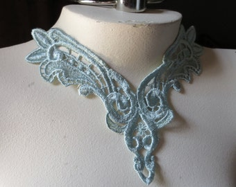 Lace Applique in Aqua Jade Venise Lace for Jewelry Supply, Altered Couture, Sewing CA 197aj