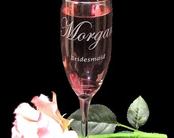 5 Champagne Glasses for Bridal Party, Personalized Bridemaid Gifts, Etched Glass Champagne Flutes, Hen Party
