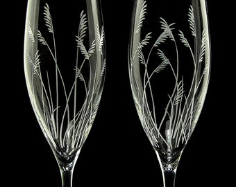 2 Personalized Beach Wedding Champagne Flutes, Sea Grass, Engraved Crystal Gifts for Bride & Groom