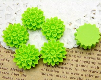 10pcs 17mm Lucite Light Green Flower Cabochons R120