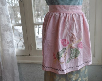 Pretty Pink Vintage 1960s Cotton Hostess Apron With Cross Stitch Pears