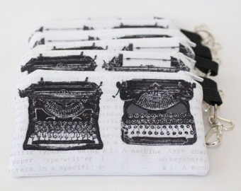 Typewriter Coin Purse - Zipper Pouch - Clip