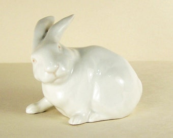 Highly Collectible Vintage Porcelain Seated Rabbit Figurine by Royal Copenhagen