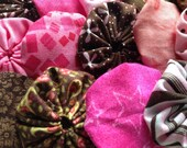 25 Pieces Pink and Brown Fabric yoyo for Yo flower suffolk scrapbook embellishment applique Quilt top GARLAND