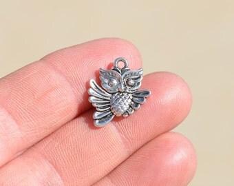 BULK 20  Silver Owl Charms SC1400