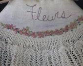 Vintage linen sachet, Fleurs sachet, lavender filled sachet