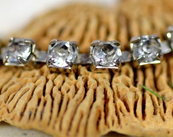 c.1940 rhinestone bracelet from an estate sale, jewelry, accessories, coolvintage, collectibles, gorgeous, looks great, unique, P2-1  L