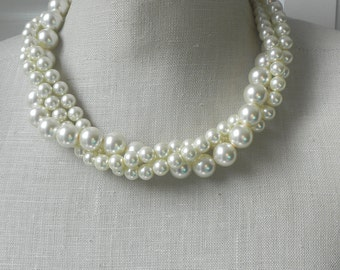 Twisted Torsade Chunky Pearl Necklace