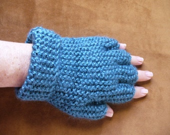Half Fingered Gloves in Teal