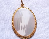Vintage Sterling Silver Gold Plated Mother of Pearl Pendant
