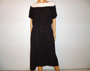 "Vintage 40's - Post War - Black  - Crochet - Portrait - Collar - Dress - 44"" bust"