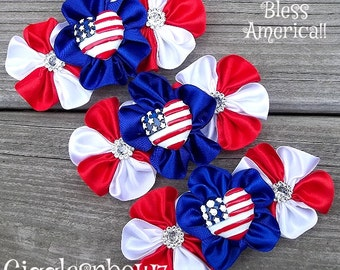 I HeART AMeRiCa Embellished Satin CLuSTeR Flowers- Red White and Blue- NEW  4 inch Size