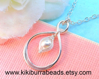 Sterling Silver Infinity Peapod Necklace ( Choose Your Color Pearl) Mother Gift, Mother Of The Bride Or Groom Bridesmaid