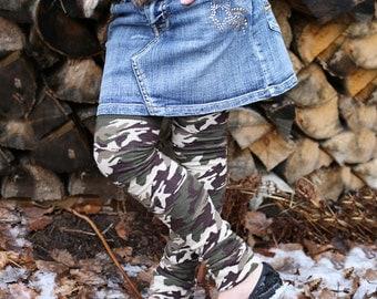 Camouflage Girl's Leg Warmers