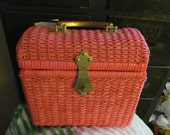 Vintage Salmon Pink Plastic Purse, 50s or 60s, basketweave lattice, lucite handle