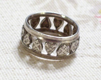 Vintage Sterling Silver Heart Ring Band, Cutout Heart Ring Size 5