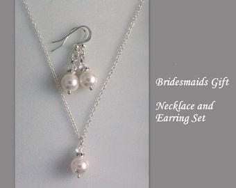 Custom Bridesmaid Gift, Swarovski Pearl Bridesmaid Necklace and Earring Set,  Bridesmaid Gift, Bridesmaid Jewelry Set, Maid of Honor Gift