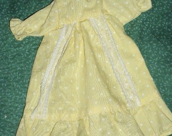 Vintage Doll Dress, Yellow with White Polka Dots and Lace Trim
