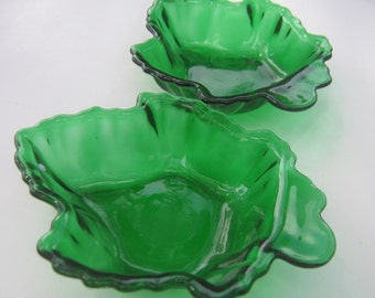 Vintage Bowls Dishes Green Maple Leaf Anchor Hocking