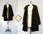 Vintage coat / faux fur / 1950s / 60s  / winter  coat / dark brown  / vegan / medium