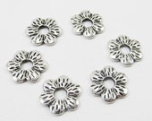 Metal Spacer Beads - Antiqued Silver Pewter 15mm Textured Flower Discs (6 beads) - spa568