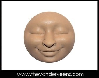Mold No.68 (Full moon Face with Closed eyes) by Veronica