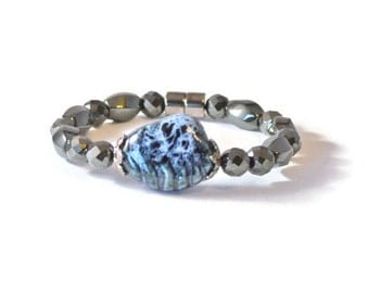 Magnetic Hematite Therapy Bracelet in Black and Blue, Health Jewelry for Pain Relief