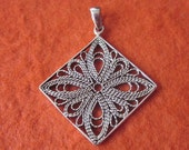 Sterling Silver Balinese Pendant / Bali handmade jewelry / Silver 925 / 1 inch