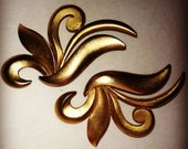 Vintage Brushed Gold Swirl  Earrings