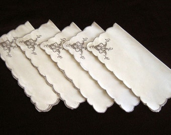 NAPKINS Vintage Tablecloth Replacement Set 5 Embroidered Madeira Lily Pads  LINEN Lace