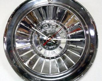 1957 T-Bird Wall Clock - '57 Ford Thunderbird Fairlane Hubcap Clock - 50's Classic Car Hub Cap Clock - Retro 1950's Decor