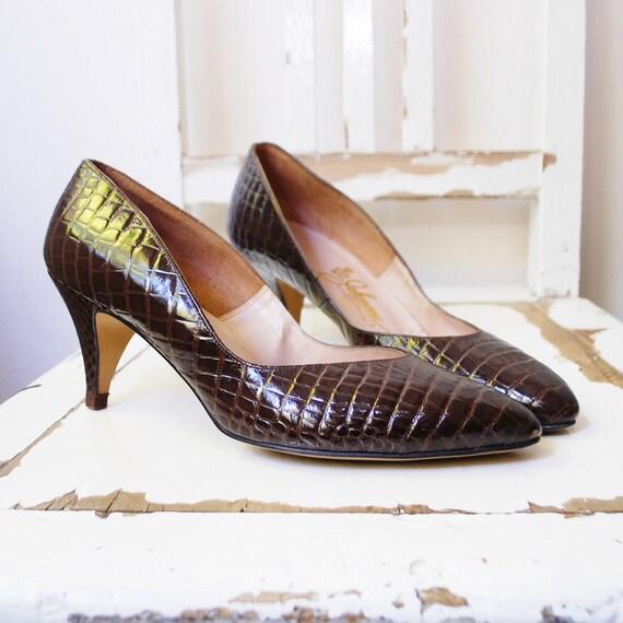 r e s e r v e d 50s shoes. MOC CROC heels. chocolate leather pumps - us 9.5 eur 40.5 uk 7.5