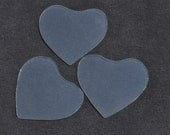 2 pairs of heart-shaped hand cut glass (wide)