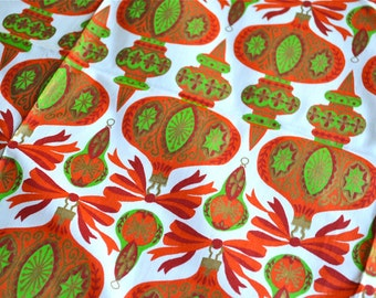 Vintage Christmas Fabric - Red and Green Indent Ornaments - 35 x 36