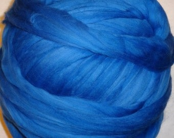 Merino Wool Roving, Wool Roving, Merino Roving, Blue Wool Roving, Felting Wool, Spinning Wool - Wedgewood Wool Roving 8 oz